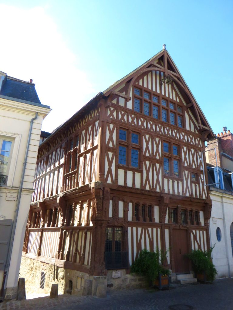Old style house in Joigny.